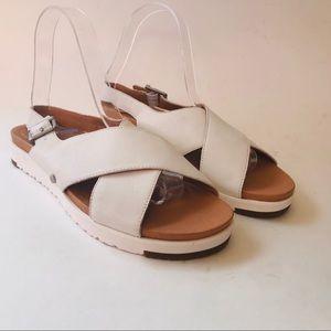 Ugg Women Sandal White Kamile Flatform Tan 7.5